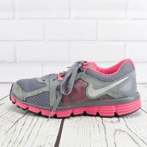 Nike Gray Pink Sneakers Size 9
